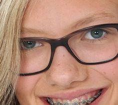 Jedes zehnte Kind braucht eine Brille - Mut zur Sehhilfe - Brauchst du vielleicht eine Brille? Der Gang zum Augenarzt kann Klarheit schaffen.