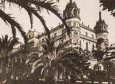 Gran Hotel La Toja desde su parque en 1908