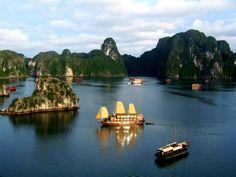 Bai Tho Junk in Halong bay http://viaggivietnam.asiatica.com/