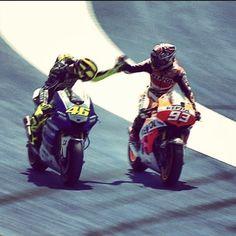 Valentino and Marc Marquez: ¿Los veremos así este fin de semana? Ven a ver las motos al BIANCO