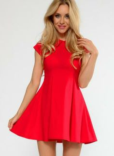 Dress #red #petterpancollar #fitandflare #skater #chic
