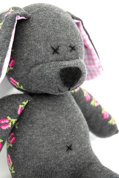 Grey Rose Sock Dog Sewing Toys, Sewing Crafts, Sewing Projects, Sock Dolls, Doll Toys, Sock Bunny, Sock Snowman, Sock Monster, Sock Puppets