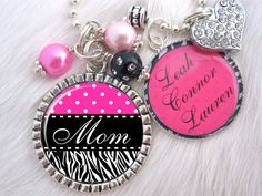 """Mom"" Adorable Key Chain Pendant or Necklace. Starting at $5 on Tophatter.com!"
