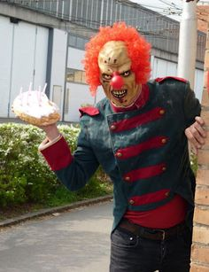 """"""" An 'evil' clown who stalks and threatens kids is being hired by parents as a birthday treat. Dominic Deville stalks young victims for a week, sending chilling texts, making prank phone calls and. Freaky Clowns, Evil Clowns, Birthday Clown, Happy Birthday, Birthday Greetings, Birthday Parties, Birthday Cake, Clown Mask, Clowning Around"""