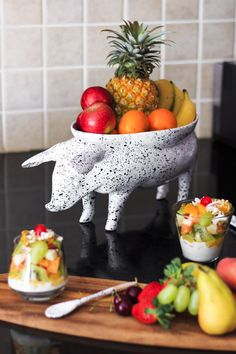 Serve your in a by in Make a with your Ceramic Decor, Serveware, Strawberry, Ceramics, Fruit, Breakfast, Recipes, Beautiful, Food