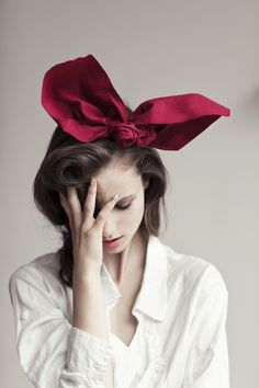 Huge Bow- I really appreciate risk takers....isn't this adorable?