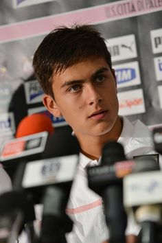 Paulo Dybala Answers questions during his presentation as the club's new signing after a US Citta di Palermo pre-season training session at Sport Well Center on July 2012 in Malles Venosta near. Get premium, high resolution news photos at Getty Images Soccer Guys, Football Boys, Messi Childhood, Cr7 Junior, Argentina National Team, Football Wallpaper, Questions, Neymar, Ronaldo