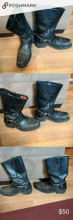 Harley Davidson Boots Black boots nice for riding these are too small for me or I'd keep them. Some wear noticable on the toes can easily be cleaned up cheap. Im requesting a fair price as these will cost me extra to ship. Thanks for looking. Harley-Davidson Other