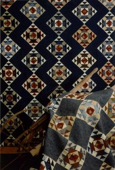 - quilts by judy uses square in a square setting with each row offset to get zig zag Star Quilts, Scrappy Quilts, Mini Quilts, Antique Quilts, Vintage Quilts, Primitive Quilts, Quilt Sets, Quilt Blocks, Southwestern Quilts