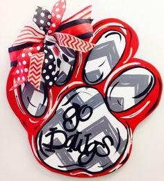 Georgia Bulldog Paw Football Door Hanger, Christmas Gift for him, Christmas gift Football Door Hangers, Christmas Gifts For Him, Georgia Bulldogs, Diys, Crafty, Wood Crafts, Burlap Crafts, Diy Wood, Football Signs