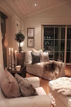 Pinterest: Nice neutral room