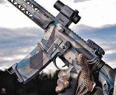 Via @cornbred15 #iggunslingers #jessetischauser #ar #ar15 #weaponsdaily #rifleholics #proud2protect #daily_badass #gun #rifle #sickguns #weapons #gun #proud2protect #ddub_militia #cornbredcountry #magpod #danieldefense #odinworks #aeroprecision #weaponworksllc #ranierarms