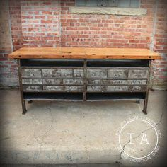 Industrial bench, drawers, metal, wood.  ideal kitchen