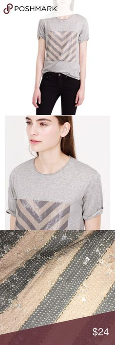"J. Crew Sz M Gray Tan Sequin Chevron T-Shirt EUC J. Crew Sz M Sequin Chevron T-Shirt EUCSize MSoft statement T-shirt Lurex yarns woven in between the sequins.CottonHand washImportSlightly loose fitLength:26""Bust 34-36""Runs a little largeNeckline and hem curlThin material (may need a cami)Pre owned EUC no rips, stains or holes! J. Crew Tops Tees - Short Sleeve"