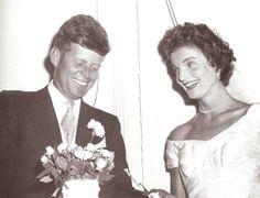 Senator..John F. Kennedy and Mrs Jacqueline Bouvier on their wedding day, September 12, 1953, Newport, RI. ❤❁♛❤✾❤✾❤❁❤❃❤❁♛❤❁ http://en.wikipedia.org/wiki/John_F._Kennedy http://en.wikipedia.org/wiki/Jacqueline_Kennedy_Onassis
