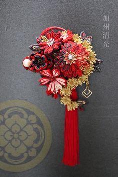 Decor Crafts, Diy Crafts, Kanzashi, Head Accessories, Ribbon Crafts, Japanese Culture, Minne, Suncatchers, Hair Clips