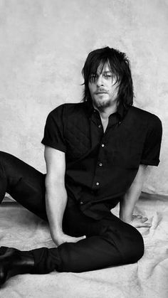 Find images and videos about the walking dead, twd and norman reedus on We Heart It - the app to get lost in what you love. The Boondock Saints, Norman Reedus, Daryl Dixon Walking Dead, Fear The Walking Dead, Rick Y, Hollywood, Good Looking Men, To My Future Husband, Benedict Cumberbatch