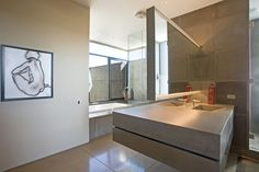 The Redding Residence byKendle Design Collaborative Architects:Kendle Design Collaborative Location:Scottsdale, Arizona, USA Year: 2011 Area: 8.000 sqft Photo courtesy:Kendle Design Collaborative Description: Automatically the house is split into two zones, one a 4300 sf. habitation for the proprietors, a couple requiring a low upkeep way of life, and another zone for their broad family and