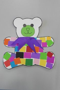 This is a great simple craft for the very young to older preschool children. I pre-stapled on the ribbon to help the younger children. Bear Crafts Preschool, Toddler Crafts, Preschool Activities, Teddy Bear Crafts, Teddy Bear Day, Picnic Activities, Bear Theme, Alphabet Crafts, Bear Art
