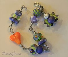 Nice color combos ~ such pretty beads.