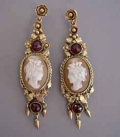 1860-1890 Victorian cameo and garnet earrings