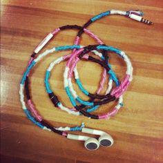 DIY: Friendship bracelet-style Headphone wraps!