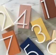 Cheap Home Decor Retro table numbers for your wedding. Retro Table Numbers, Retro Wedding, Different Wedding, Mesa Retro, Deco Restaurant, Retro Table, Wedding Show, Loft Wedding, Wedding Photos, Wedding Music, Nautical Wedding, Diy Wedding