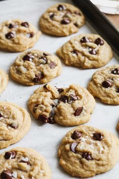 The easiest chocolate chip cookies рецепт chocolate recipes Quick Chocolate Chip Cookies, Chocolate Recipes, Easy Choc Chip Cookie Recipe, Cadbury Chocolate, Fudge, Oreo, Cookie Recipes, Dessert Recipes, Recipes Dinner