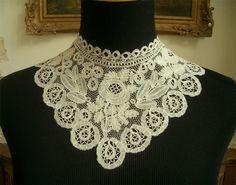 Honiton bobbin lace collar