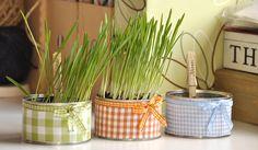 Askarteluideoita moneen makuun Diy And Crafts, Crafts For Kids, Spring Crafts, Planter Pots, Easter, Hands, Home Decor, Ideas, Design