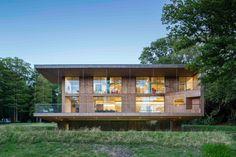Sommerhaus in East Sussex / Vorne rostig, hinten hölzern - Architektur und Architekten - News / Meldungen / Nachrichten - BauNetz.de