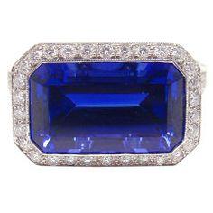 TIFFANY & CO. Tanzanite Diamond Platinum Ring