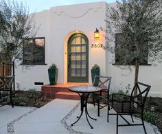 Five 1924 Bungalows with modern and vintage touches. Come Stay With Us - Everyone is Welcome Here! www.alcazarcourt.com  #airbnb #alcazarcourt #weloveithere #SanDiego #California #bungalow