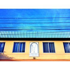 "@aaronsosaphotography's photo: ""Entre cielo y ventanas / Panama City #panama #igersvenezuela #all_shots #insta_ve #natgeohub #instagramhub #instagramers #bwstyles_gf #photooftheday #picoftheday #streetphotography #instagood #streetphoto_bw #iphoneographer #photowall #mobilographer #instathings #bestpic #igerspty #instadaily  #ourbestshots #venezuelaforum  #iphonesia #soyvenezuela #gang_family #gf_ve #urbangangfamily #ampt_community #shootermag"""
