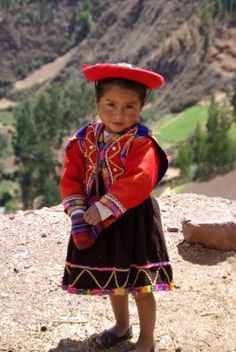 'I hope you don't call me cute like everyone else does. Precious Children, Beautiful Children, Beautiful Babies, Kids Around The World, People Around The World, Peruvian People, Abraham And Sarah, Peruvian Art, Luge
