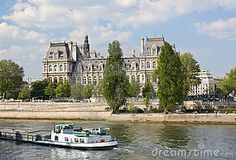 Hotel de Ville (city hall) and the river of Seine in Paris, France.