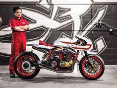 http://www.motorcyclistonline.com/2014-ivory-comet-custom-harley-davidson-cafe-racer-readers-rides-me-my-bike?src=SOC