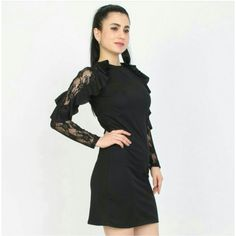 Kadın Siyah Kolları Dantelli Kısa Elbise