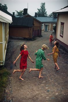 Vintage Marimekko Ads From the by Tony Vaccaro Are the Ultimate Fall Style Inspiration Cheap Fashion, Fashion Outfits, Womens Fashion, Fashion Trends, Marimekko, Quilted Vest, Vintage Photography, Amazing Women, Autumn Fashion