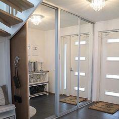 PAX Schiebetüren als Raumteiler für den Eingangsbereich? Credit: @mk_maison