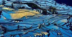 Paisagem de terraços de arroz em Yuanyang County, na província de Yunnan, na China
