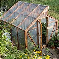 Greenhouse Plans 455004368603985610 - How to build a greenhouse Diy Greenhouse Plans, Indoor Greenhouse, Backyard Greenhouse, Small Greenhouse, Greenhouse Wedding, Homemade Greenhouse, Permaculture, Greenhouse Interiors, Fukuoka