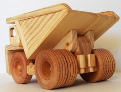 Wooden toy mine dump truck - Shoe Tutorial and Ideas Diy Wooden Toys Plans, Wooden Toy Trucks, Wooden Plane, Wooden Car, Woodworking Toys, Woodworking Projects, Wood Toys, Diy Toys, Wood Crafts