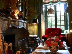 Left Bank apartment of Count and Countess Hubert d'Ornano. NY Social Diary