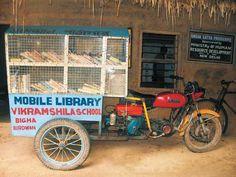 Biblioteca móvil de la escuela Vikramshila en Bigha, Calcuta (India)