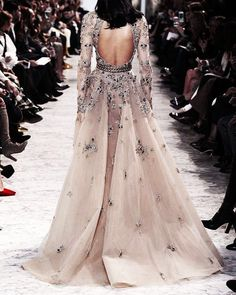 I'm not HUGE on anything sparkly, but I would TOTALLY wear this.