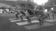 Can you practice yoga with plantar fasciitis - from the www.evolationyoga.com/blog - #yoga #PlantarFasciitis #health