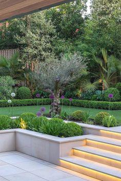 Top 15 Best Garden Design Ideas for Small Gardens and Shady Areas - DIY Garden Deko Back Garden Design, Modern Garden Design, Backyard Garden Design, Diy Garden, Contemporary Design, House Garden Design, Contemporary Landscape, Contemporary Garden Design, Contemporary Apartment