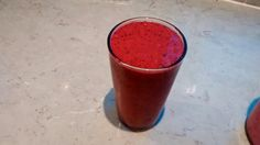 Today's smoothie: frozen black forest fruits, banana, kiwi fruit, sunflower seeds, coconut milk. Score: 8.5/10 (Make it yourself: http://myperfectsmoothie.blogspot.co.uk/2014/11/coconut-milk-first-time-try.html)