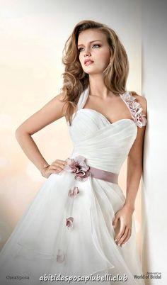 744102be18a5 Collezione Abiti da sposa 2018 di Martina Liana – Runway